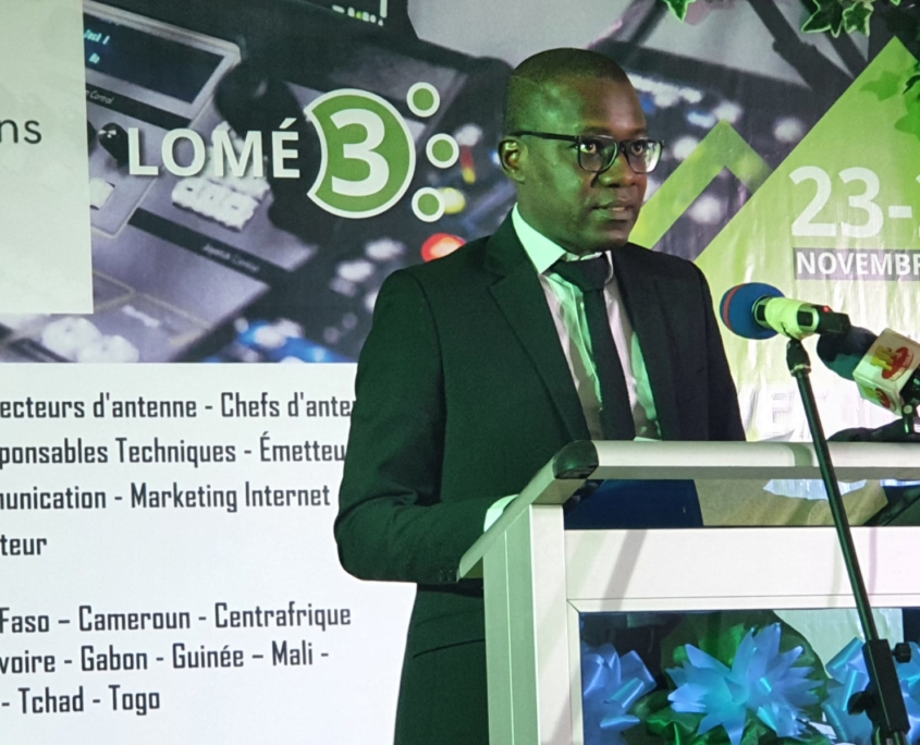 Dr Akodah Ayewouadan, Ministre de la communication et porte parole du gouvernement du Togo